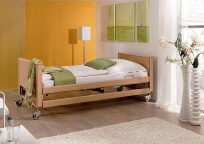 Τα κρεβάτια της Burmeier, με την επένδυση ξύλου δίνουν μια νότα ζεστασίας στον χώρο σας.