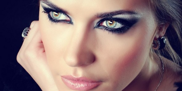 Tι πρέπει να γνωρίζουμε για τα μάτια μας κατά τη διάρκεια του καλοκαιριού