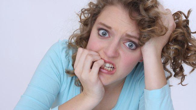 Τρώτε τα νύχια σας; Δείτε τι πρέπει να κάνετε για να κόψετε τη συνήθεια