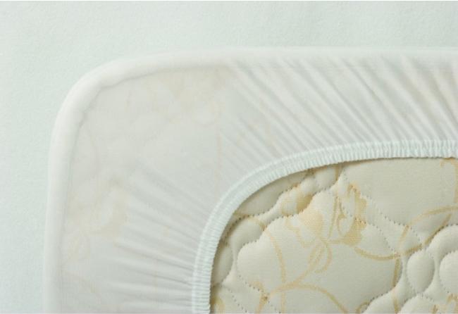Αδιάβροχο κάλυμμα κρεβατιού με περιμετρικό λάστιχο