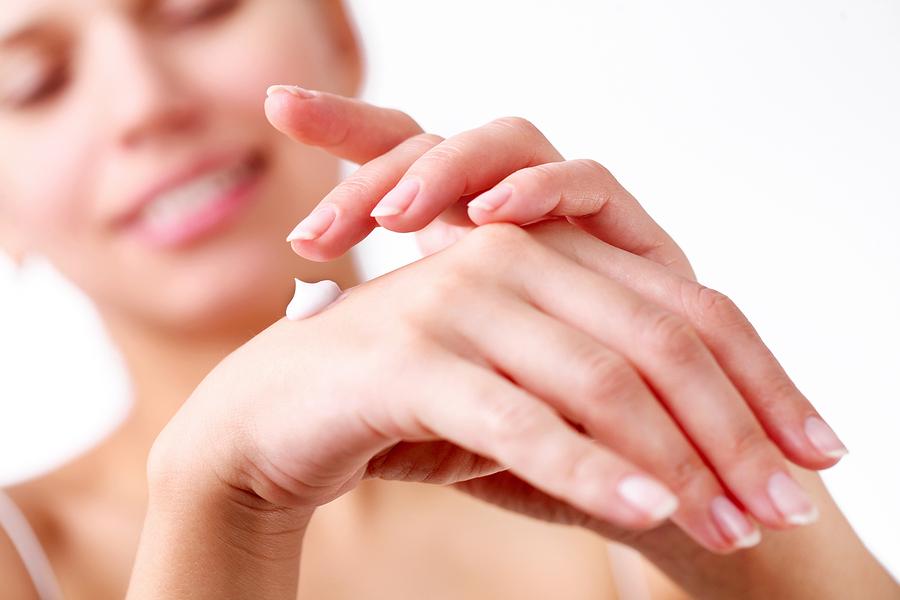 Menalind κρέμα χεριών και βαμβακερά γάντια